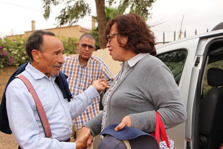 Aicha Krombi Formatrice et Membre fondatrice Terre & Humanisme Maroc et Pierre Rabhi